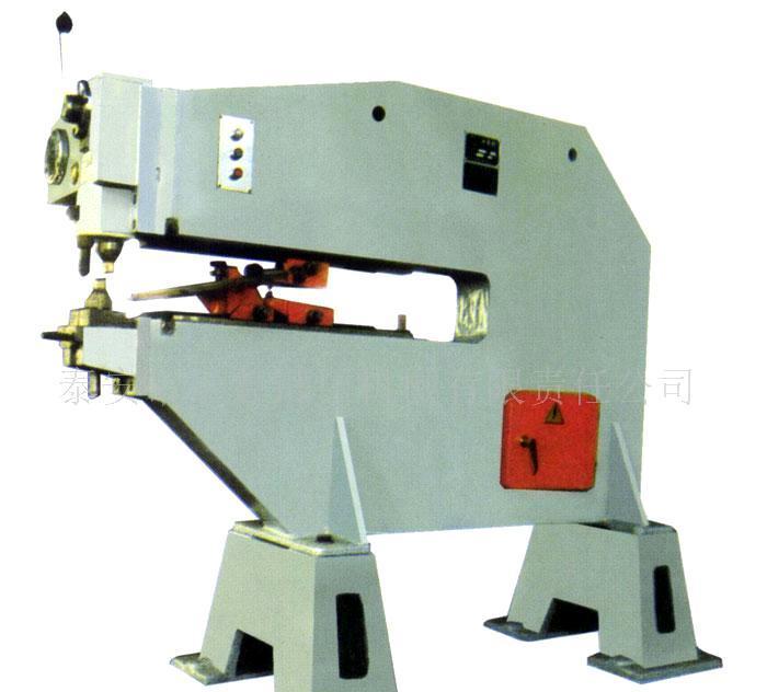 本机机架采用钢板焊接结构,刚性好,抗弯强度大.